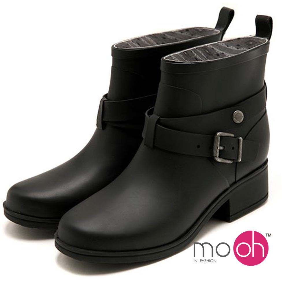 mo.oh 愛雨天-素面皮帶搭扣時尚短筒雨鞋-黑色