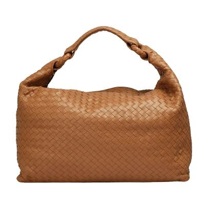 BOTTEGA VENETA經典Walnut編織小羊皮肩背包(淺咖啡)