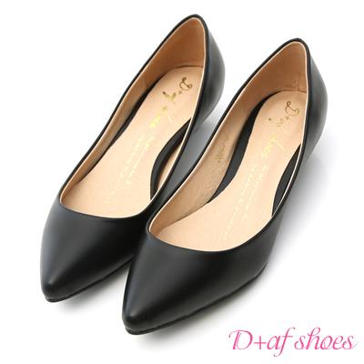 D-AF-百搭焦點-素面尖頭低跟鞋-黑
