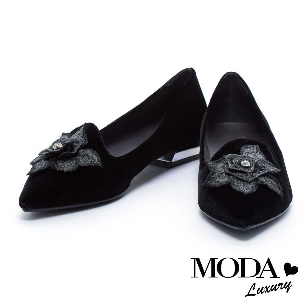 低跟鞋 MODA Luxury 優雅神秘立體花卉尖頭低跟鞋-黑