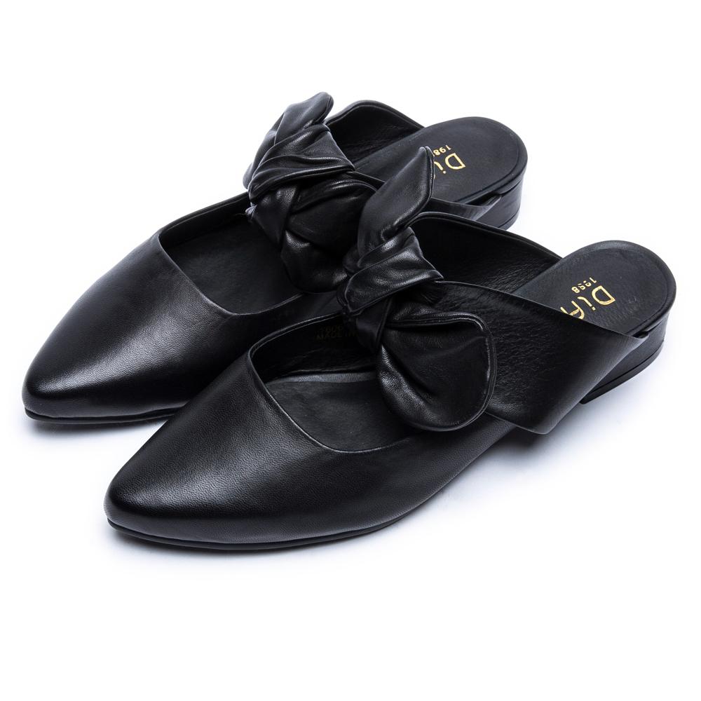 DIANA 時尚潮流—質感雙色牛皮蝴蝶結尖頭穆勒鞋 –黑