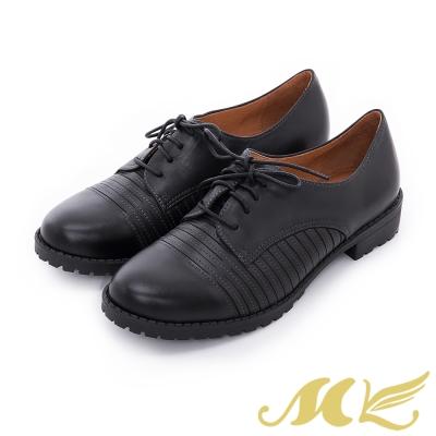 MK-台灣全真皮-立體切邊條紋綁帶平底粗跟休閒鞋-黑色