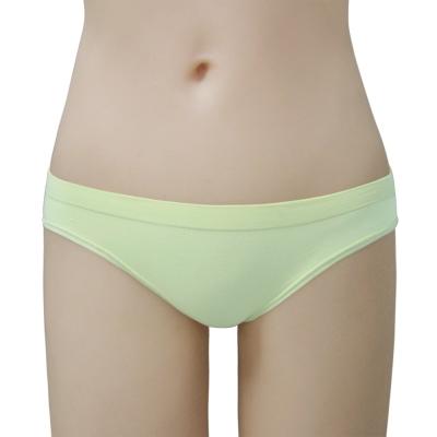 瑪登瑪朵-2014SS低腰三角無縫褲(粉蠟綠)