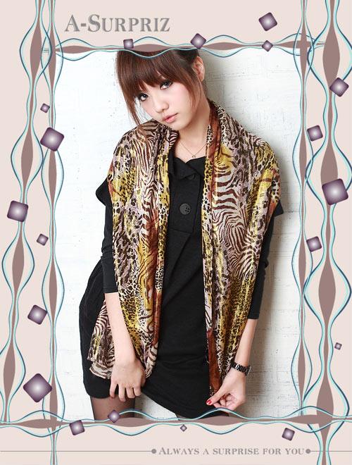 A-Surpriz 金縷炫光時尚虎豹紋圍巾