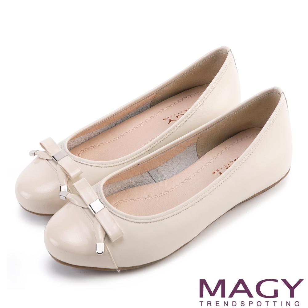 MAGY 清新氣質系女孩 蝴蝶結真皮娃娃鞋-米色