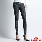 BRAPPERS 新美腳Royal系列-女用彈性九分褲-黑雪花