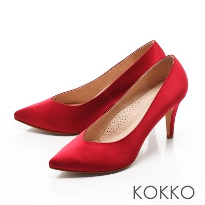 KOKKO-經典尖頭光感絲緞桃心口高跟鞋-媚惑紅