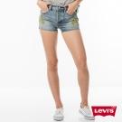 牛仔短褲 女款 501 中腰直筒 排扣 不收邊 - Levis