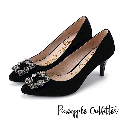 Pineapple Outfitter 璀璨名媛 方鑽飾釦尖頭高跟鞋-麂黑