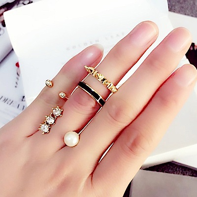 梨花HaNA 型人潮感多層搭配戒指三個入組合