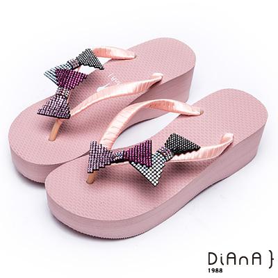 DIANA夏日甜美--水鑽蝴蝶結立體飾片緞面夾腳拖鞋 –粉