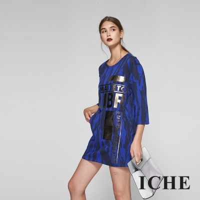 ICHE衣哲 字母手刷印花長版造型上衣洋裝兩穿(兩色)-藍