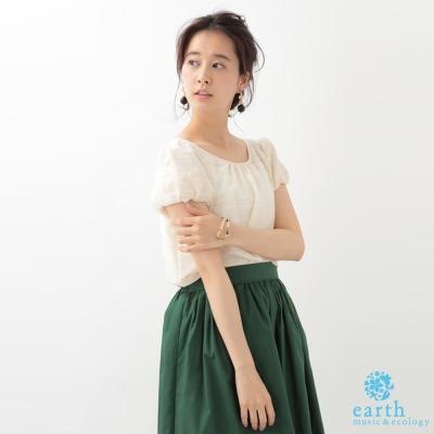 earth music 小花蕾絲泡泡袖圓領上衣