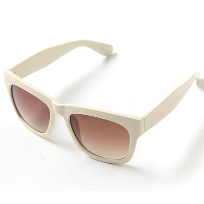 梨花HaNA 韓星時髦存在感大框太陽眼鏡-米白