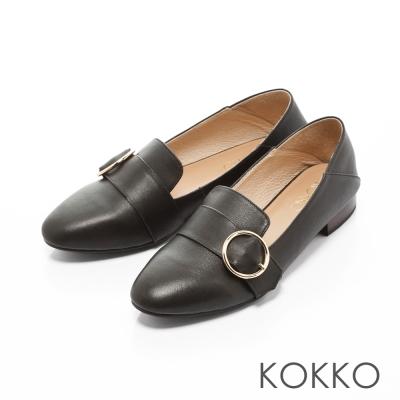 KOKKO-英倫女紳圓扣後踩牛皮懶人鞋-典雅黑