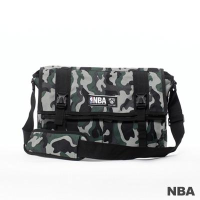 NBA-布魯克林籃網隊功能性大郵差包-迷彩綠