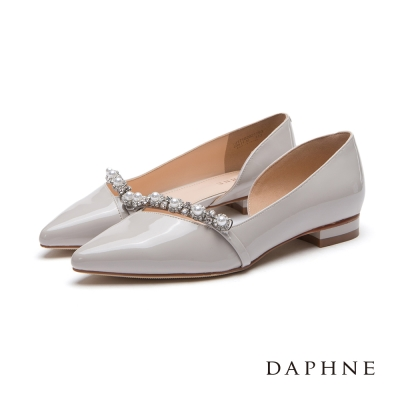 達芙妮DAPHNE 平底鞋-珍珠花鑽飾帶平底尖頭鞋-米灰