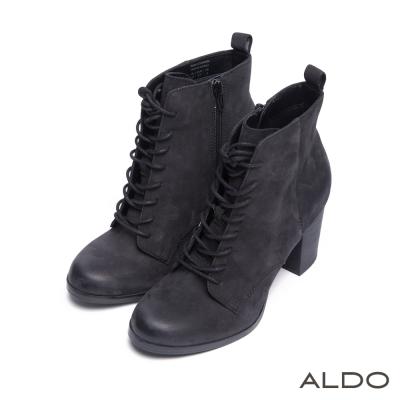 ALDO-復古幾何車線壓紋交叉綁帶木紋跟靴-尊爵黑