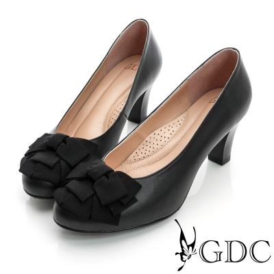 GDC都會-時尚緞帶蝴蝶結造型真皮中跟鞋-黑色