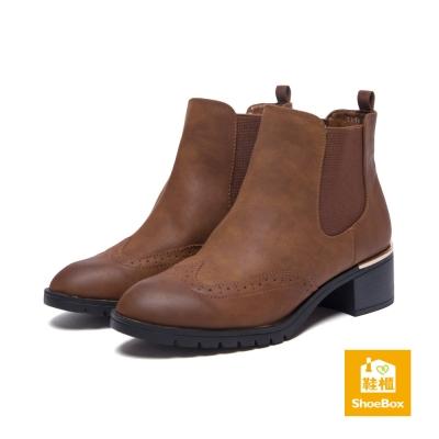 鞋櫃ShoeBox-短靴-仿舊雕花西部中跟靴-棕