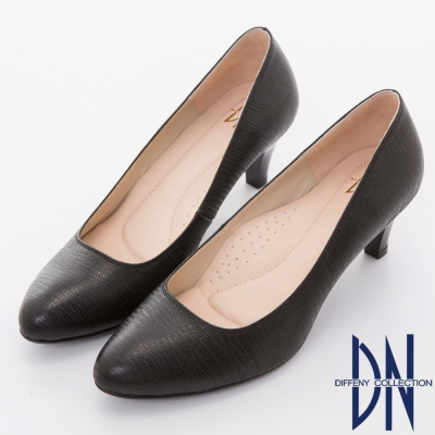 DN 氣質優雅 全真皮素面壓紋尖頭跟鞋-黑