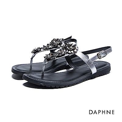 達芙妮DAPHNE 涼鞋-金屬立體花飾平底T字夾腳涼鞋-銀