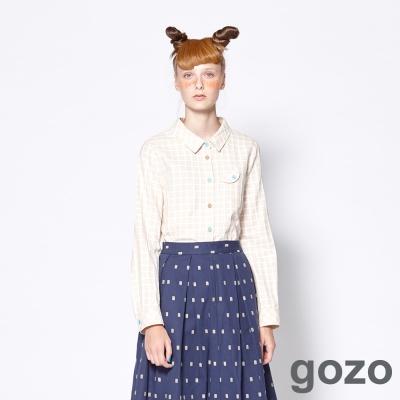 gozo 網路獨家-幽默趣味雙色釦格紋襯衫  (二色)