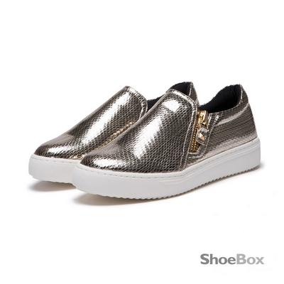 鞋櫃ShoeBox 懶人鞋-亮面蛇紋拉鍊休閒鞋 1016404418 -金