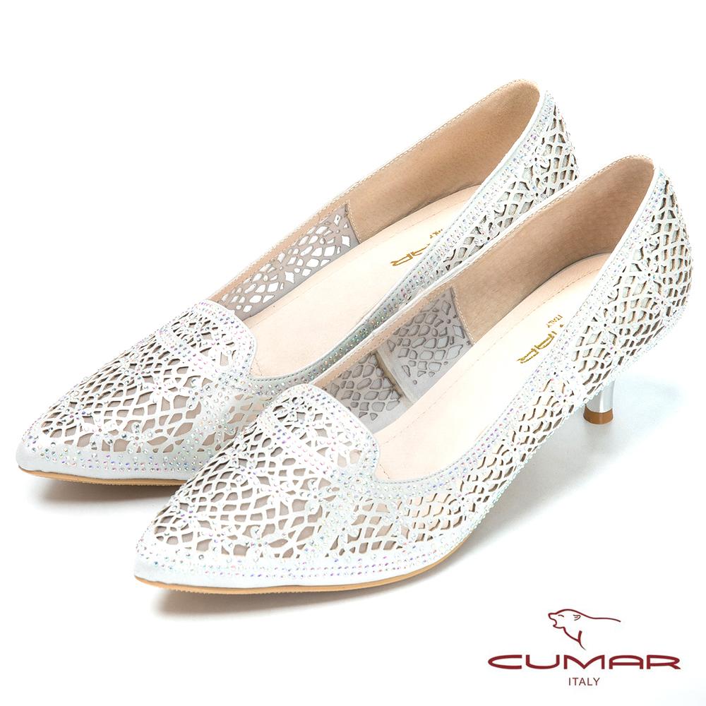 CUMAR時尚美人 閃亮水鑽裝飾尖頭高跟鞋-銀色