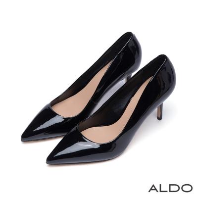 ALDO-瀟灑都會風原色漆皮尖頭流線高跟鞋-尊爵黑