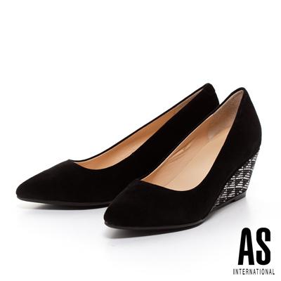 AS-菱形排鑽羊麂皮尖頭楔型高跟鞋-黑
