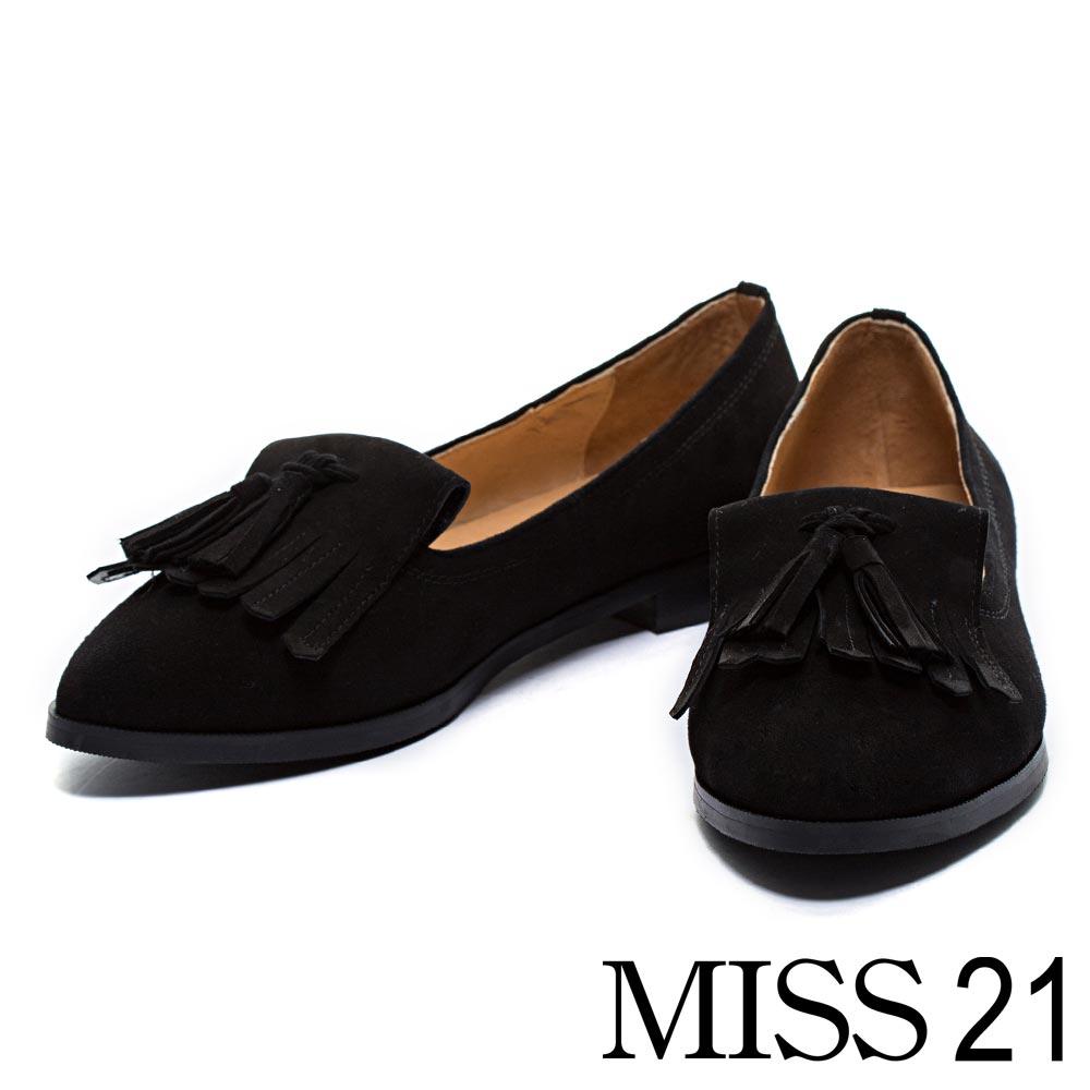 樂福鞋MISS 21復古風尚流蘇羊麂皮平底尖頭樂福鞋-黑