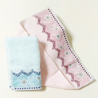 YG 舒適柔軟多緞帶素色方巾4組 共8條
