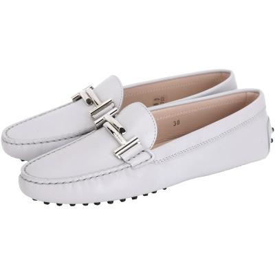 TOD'S Gommino Driving 雙T金屬設計豆豆休閒鞋(女鞋/淺灰)