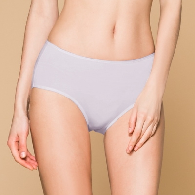 台灣製 保養級天然蠶絲蛋白低敏感透氣 M-XL 中腰內褲 低調灰 可蘭霓Clany