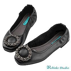 Robinlo Studio古典花朵鑽飾方頭牛皮娃娃鞋 黑