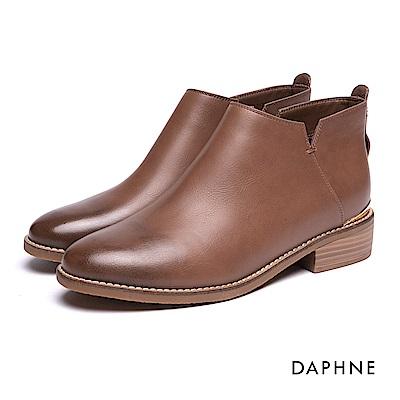 達芙妮DAPHNE 短靴-金屬飾片鉚釘拼接短靴-棕