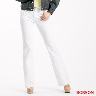 BOBSON 女款粗經紗萊卡小喇叭褲-白色
