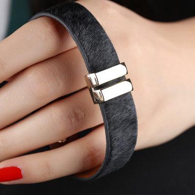 ACUBY-簡單中性手環-黑