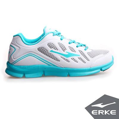 ERKE 鴻星爾克。女運動常規慢跑鞋-正白/天空藍