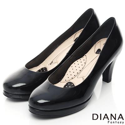 DIANA 超厚切領帶E款--第一代素面真皮跟鞋-漆黑