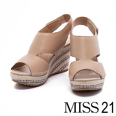 涼鞋 MISS 21 波希米亞風簡約鏤空楔型魚口涼鞋-米