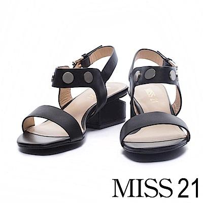 涼鞋 MISS 21 摩登率性一字鉚帶釘牛皮低跟涼鞋-黑