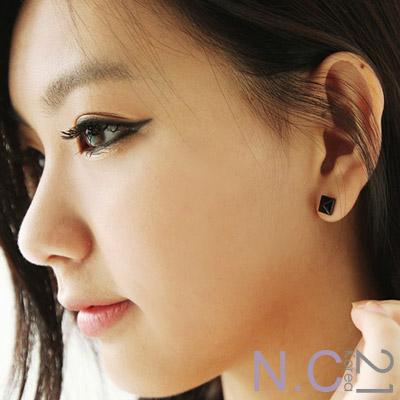 【N.C21】亮彩立體方塊耳環 (共二色)