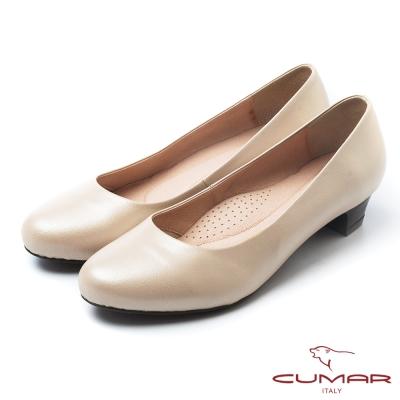 CUMAR經典黑與白優雅簡約素面低跟鞋卡其