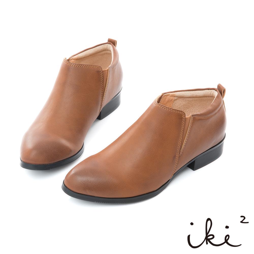iki2 內真皮 率性簡約側邊彈力粗跟鞋-褐