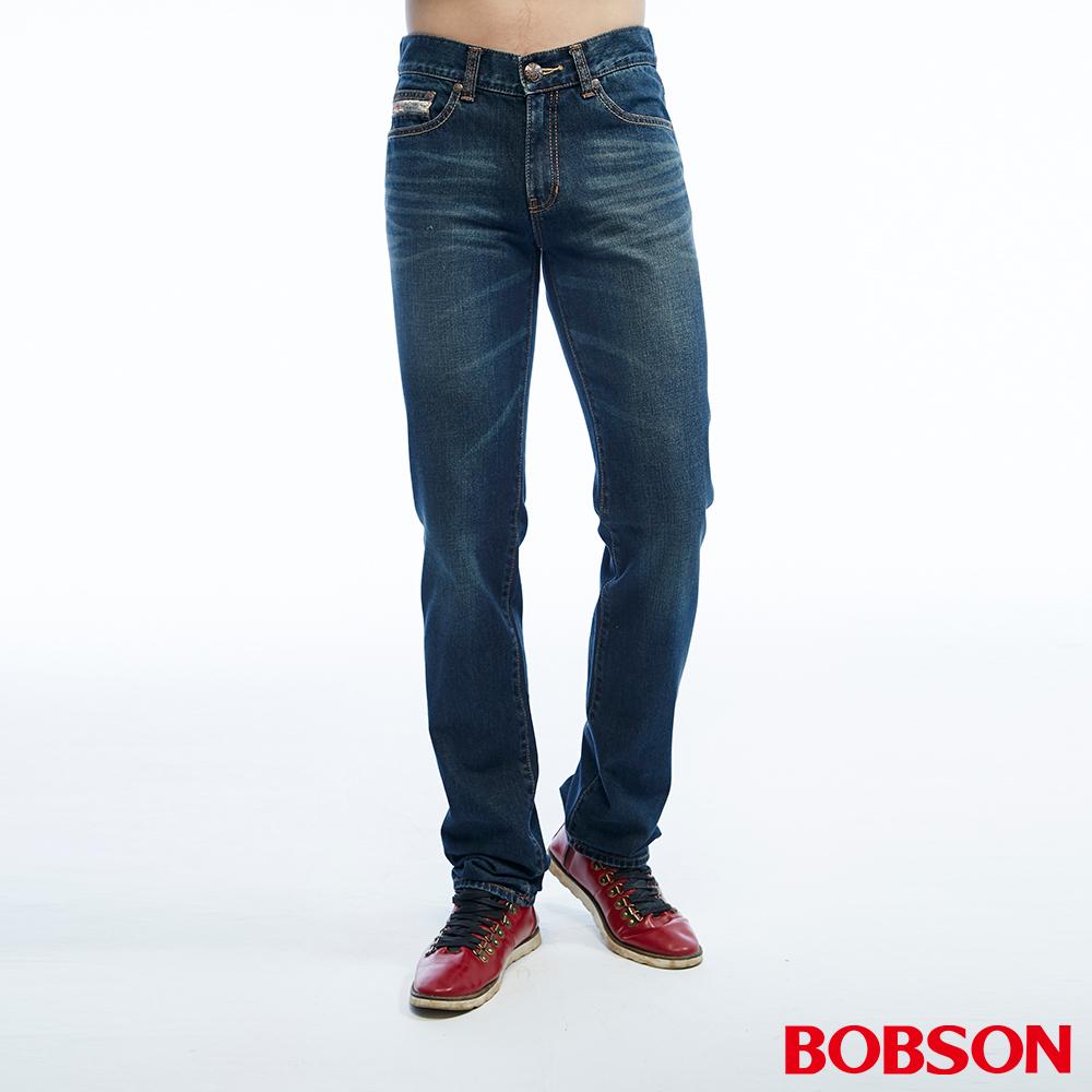 BOBSON 男款低腰貓鬚刷白中藍色直筒褲