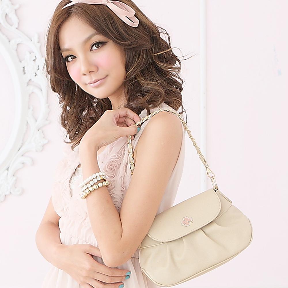 【SPRING】春漾小公主~幸運草2way晚宴包-復古米(共兩色)