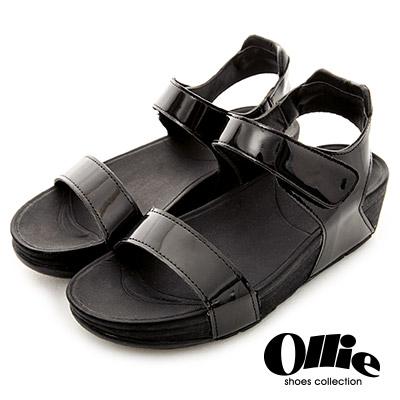 Ollie韓國空運-正韓製金屬漆皮一字美體厚底涼鞋-黑