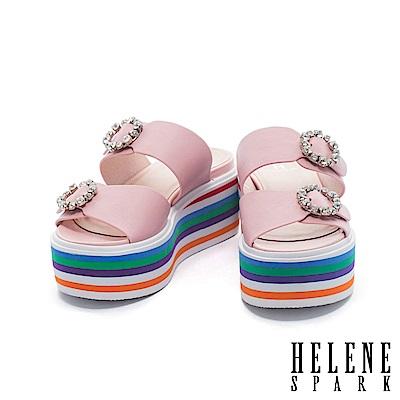 拖鞋 HELENE SPARK 鑽飾雙字帶多彩層次牛皮厚底拖鞋-粉
